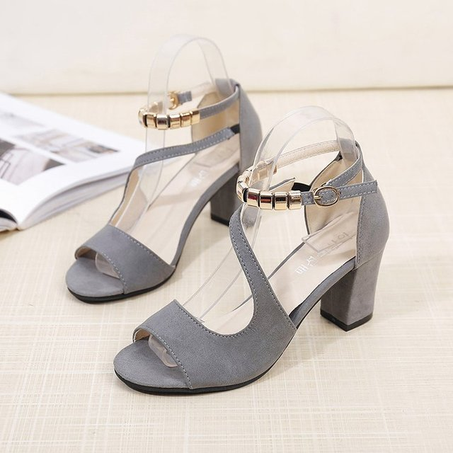 2019 spring sexy fish mouth hollow Roman sandals thick with a word with beaded high heels female summer Sexy female sandals x25