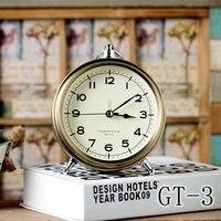 Bronze metal European style alarm clock creative desktop display mute desk clock Rome bedside table retro little clock.