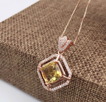 YBJ       925 sterling silver with natural Crystal pendant