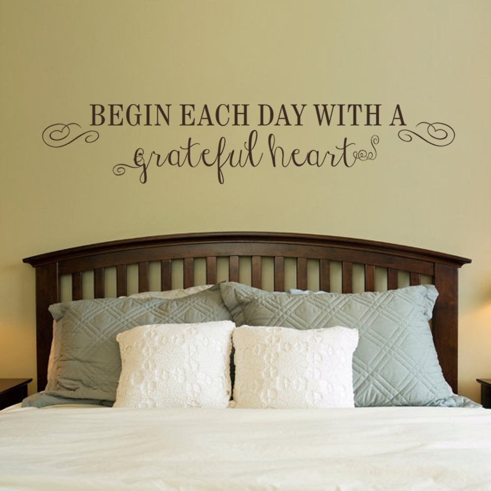 Bedroom wall art quotes - Begin Each Day With A Grateful Heart Inspirational Wall Decal Vinyl Art Quote Bedroom Wall Decor 17 8cm X91 4cm