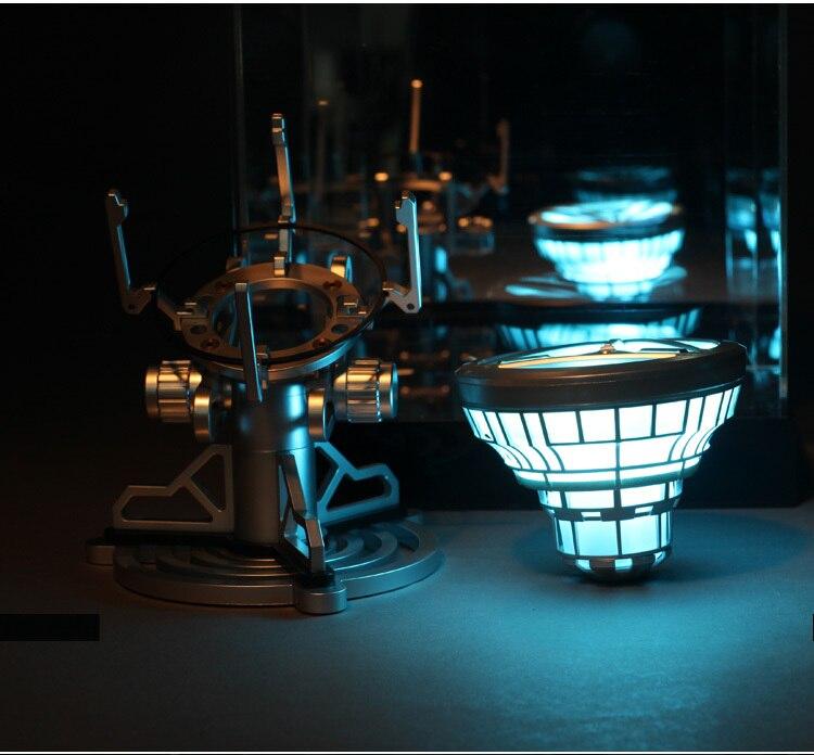 Échelle 1:1 Iron Man Arc Reactor avec LED Lumière Iron Man figure Homem De Ferro PVC Action Figure Jouets