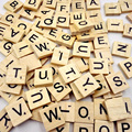 100pcs/lot Hot Kids DIY Wooden Alphabet Crafts Educational Scrabble Letters Craft Jigsaw Puzzles Educational Toys For Children