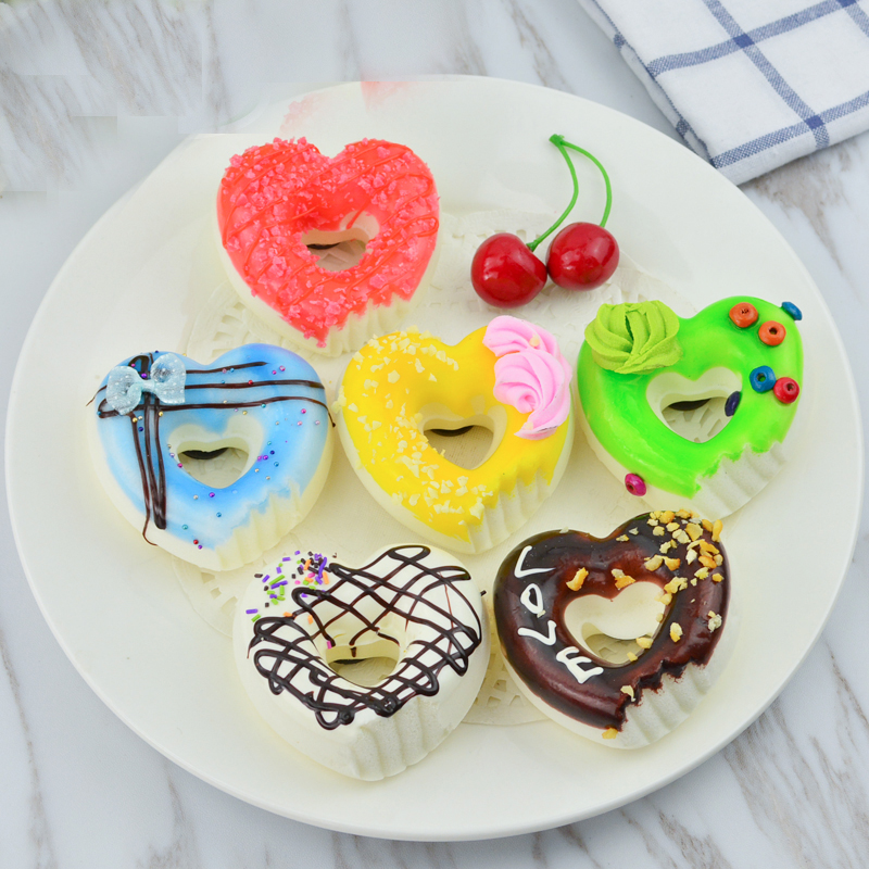 050 Simulate cake eat heart shaped doughnut model Photo Props cabinet accessories dessert snacks 7 7 4 3 3cm in Artificial Foods Vegetables from Home Garden