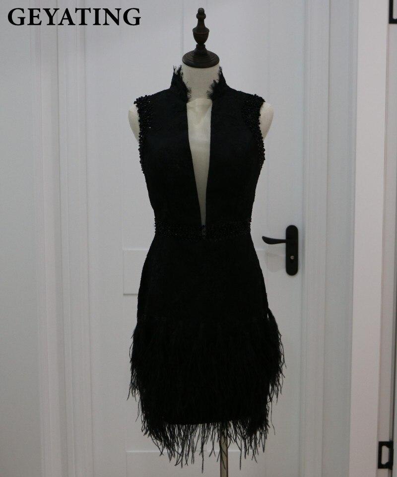 Vintage Black Lace Short Cocktail Dresses 2020 Sheer V-Neck Knee Length Vestido De Festa Curto Short Homecoming Prom Party Dress