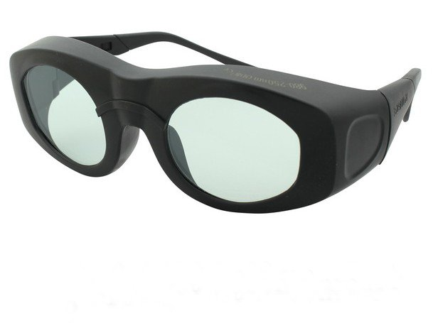 2100nm laser safety glasses( 2100nm O.D 4+ CE ) + black hard box + cleanning cloth