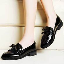 2016 Fashion Women Casual Shoes Black Slip On Pointed Toe European Style Women Footwear Breathable PU Chaussure Femme