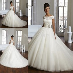 2fa4ff4d4fe3 Vintage Romantic White Lace Illusion Cap Sleeves Crystal Ball Gown Bridal  Wedding Dresses Vestidos De Noiva Tulle
