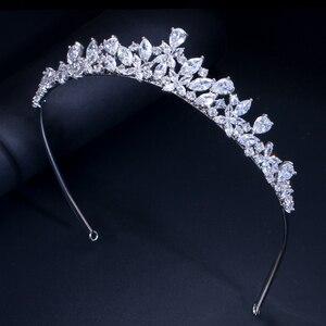 Image 3 - CWWZircons Yüksek Kalite Kübik Zirkonya Romantik Gelin Çiçek tiara taç Düğün Nedime saç aksesuarları Takı A008