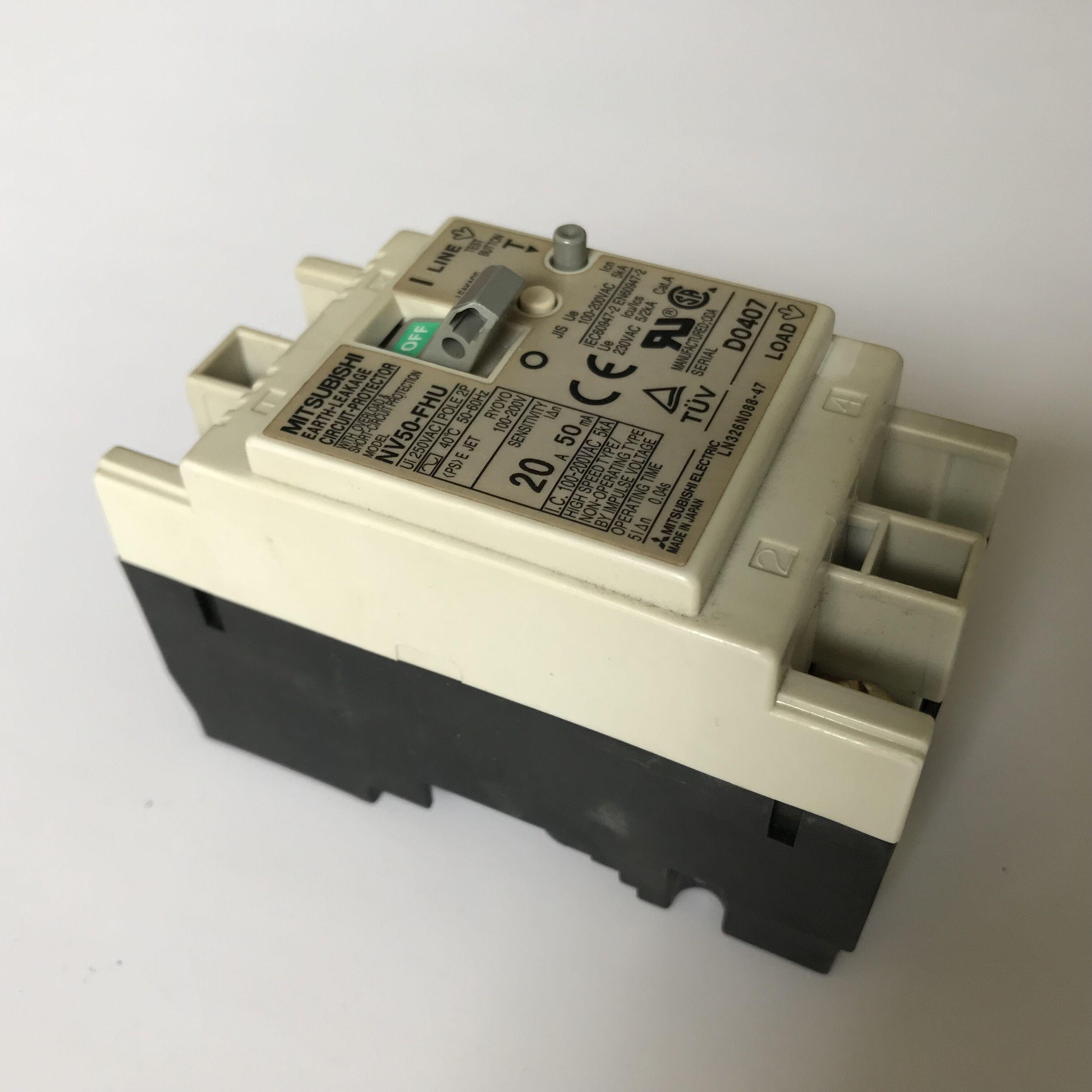 Used Breaker I022149 / I022149-00 for QSS32 series digital minilab,good working conditionUsed Breaker I022149 / I022149-00 for QSS32 series digital minilab,good working condition