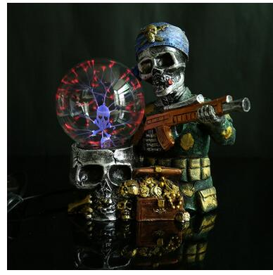 Hot style resin crafts magic ball creative fashion crystal luminescent magic ball pirate skull head magic ball factory outle