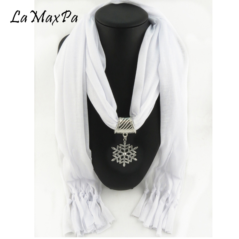 LaMaxPa Women Charms Scarf Jewelry Pendant Scarf Femme Elegant Pendant Echarpe Mujer Colgante Bufanda Frau Schal Vrouwen Sjaals