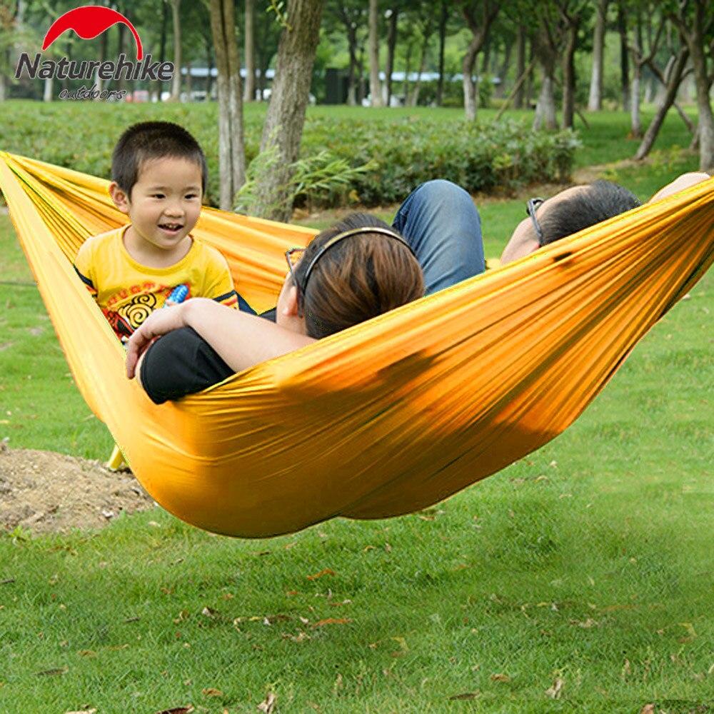 Hangmat Twee Personen.Us 17 35 20 Off Portable Parachute Nylon Twee Personen Hangmat Opknoping Slapen Bed Parachute Nylon Outdoor Camping Hangmatten In Portable Parachute