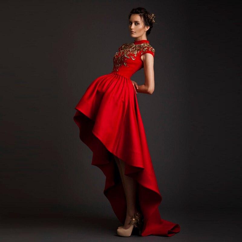 Платья из атласа красного