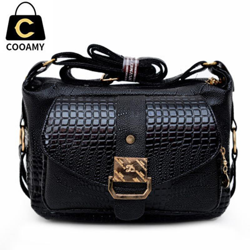 About Crossbody Bags. The crossbody bag provides a fresh, modern take on women's traditional mini purse, women's accessory bag or handbag. Typically, the crossbody bag is a women's accessory item, similar to a clutch, purse, mini or handbag that provides comfort, support and security.