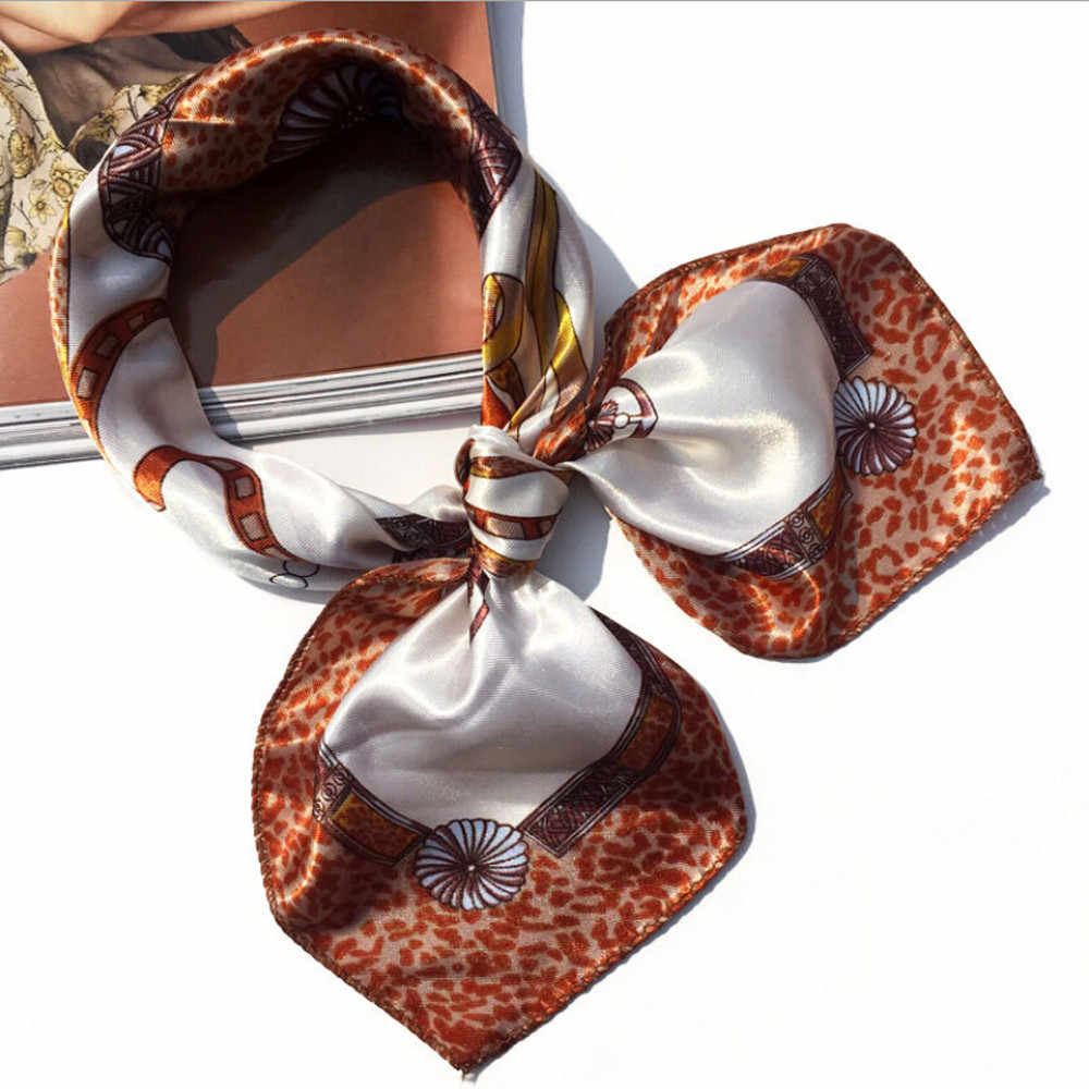 2019 nueva moda mujer Pañuelo cuadrado para cabeza bufandas señoras pañuelo estampado cuello bufanda de mujer invierno #30