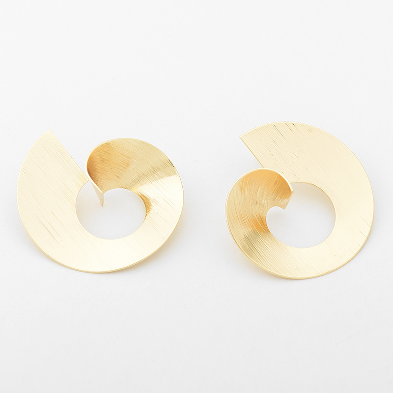 New-Fashion-Metal-Vortex-Stud-Earring-for-Women-Shiny-Round-Geometric-Gold-Silver-Color-Small-Earring