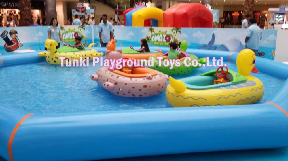 Kids electric water bumper boat for inflatable pool