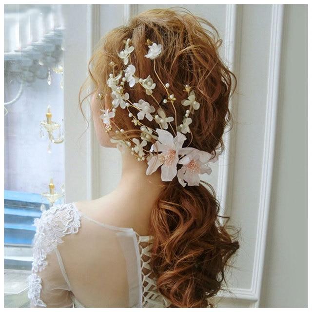 05c4ff7bb000 Moda Matrimonio Romantico Accessori Per Capelli Fiori di Pizzo Perle Perline  Coccodrillo Tornante Clip di Capelli