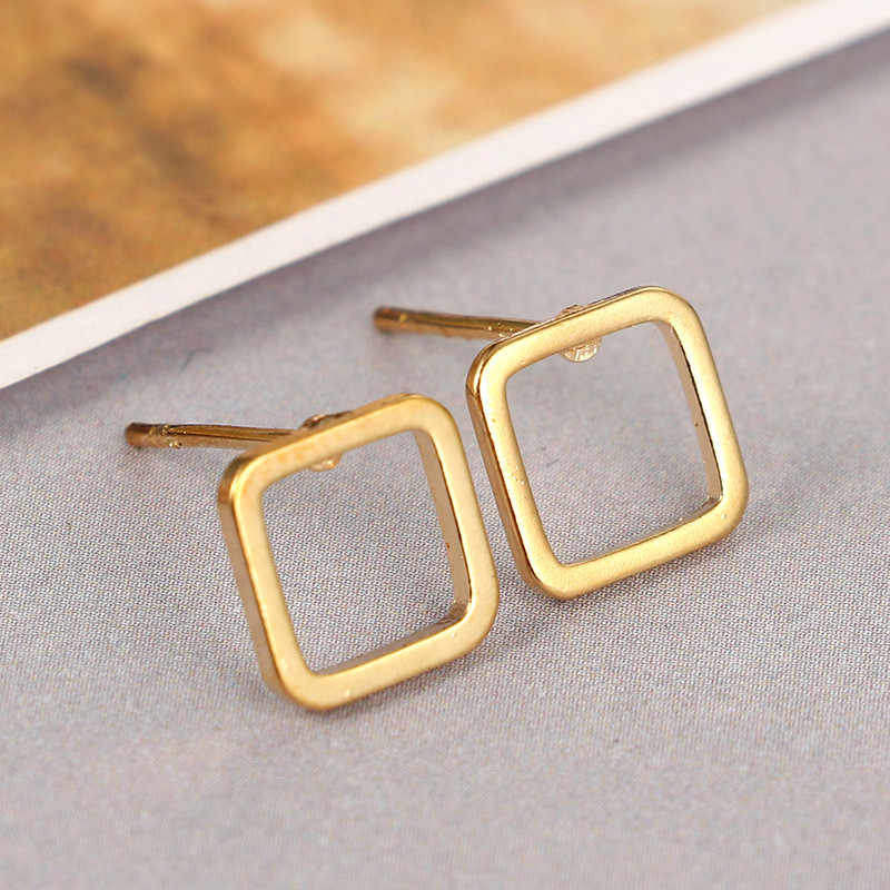 Simple triangle Gold silver black small stud earrings Handmade Flower Earrings for women Hip Hop Fashion aros harajuku jewelry
