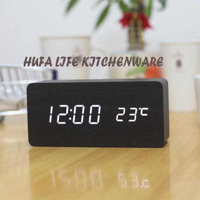 Moderne Stijl LED Digitale Wekker Houten Gemaakt Unieke Slaapkamer Desktop  Klok met Akoestische Controle Sensing reloj sobremesa in Moderne Stijl LED  ...