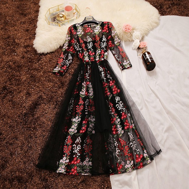 2018 summer new female pleated dresses women's o-neck three quarter Flower lace embroidery mesh two-piece dress women gown