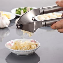 Top Quality Premium Grade 18/8 Stainless Steel Garlic Press Crush Device Slicer Cooking Tools kitchen tools Kitchen accessories