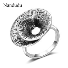 Nandudu Retro Silver Color Rings for Women Vintage Ring Crystal Finger Ring Female Wide Cocktail Party Jewelry Bijouterie R1995(China)