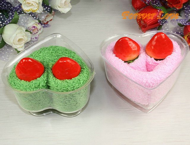 free shipping ,100% cotton Cake towel wholesale FL-49 Strawberry Love creative gift towel towel Christmas gift idea