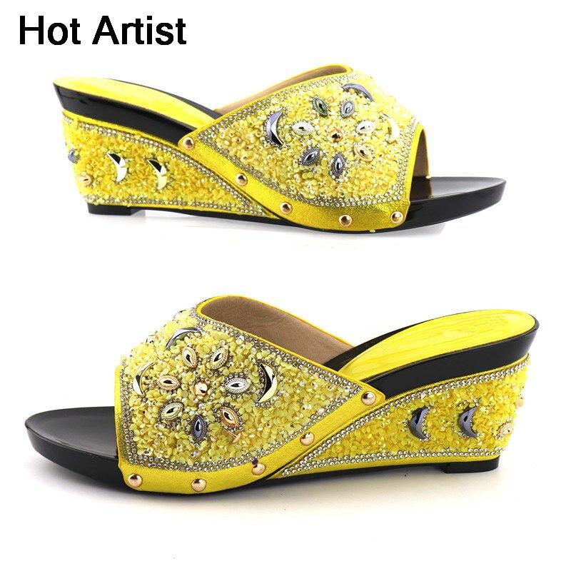 Artiste chaud africain strass fleur strass pompes chaussures italie Style femme talons hauts sandales chaussures pour soirée