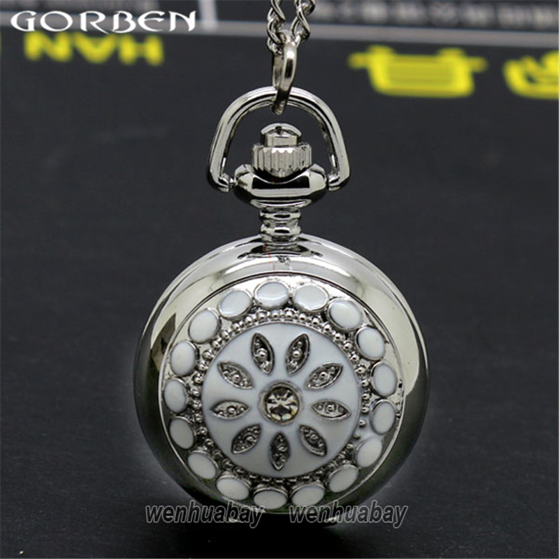 Vintage White Flower Style Pocket Watch Classic Pendant Silver Quartz Pocket Watch Women Lady Dress With Long Chain P205
