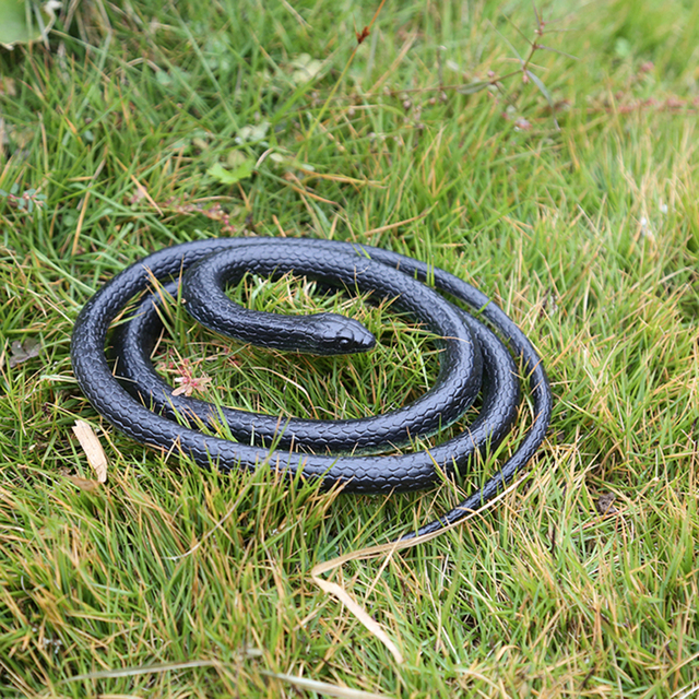 New Halloween Realistic Soft Rubber Toy Snake Safari Garden Props ...
