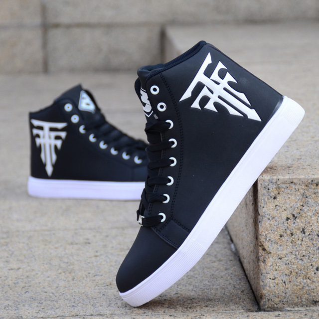 NEW Men Shoes High Top Casual Leather Flat Lace-up Boots Male Sneakers Skateboard Sneakers running Travel shoes