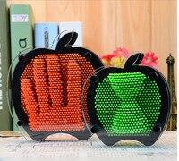Giocattoli della novità Divertente di Apple Forma Plastica 3D Pin Scultura Clone Mano Stampo Impronte Digitali Anti-Stress Giocattoli Regalo per I Bambini di Età