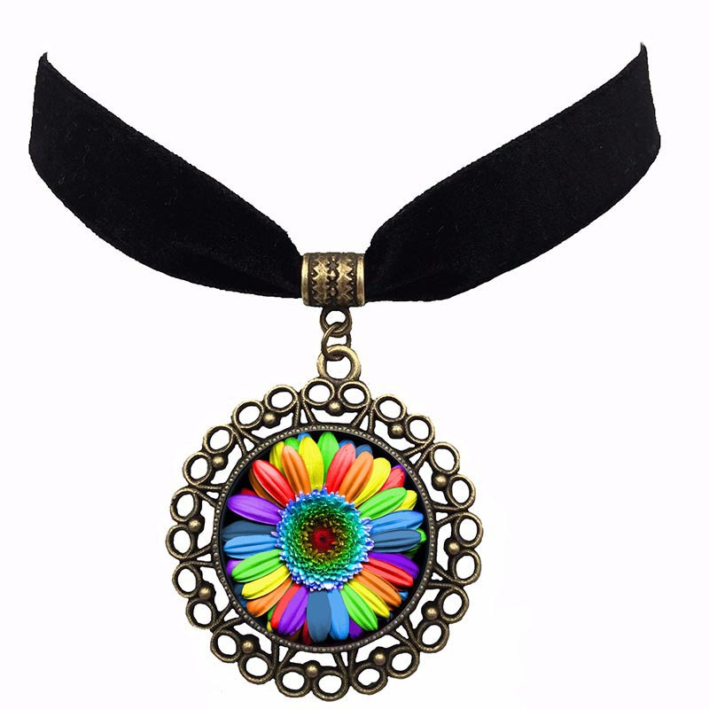 Fashion Glass Crystal Colorful Flower Buttons Flag Rainbow Choker Necklace Pendant Ribbon For Men Women Lesbian Bisexual Jewelry