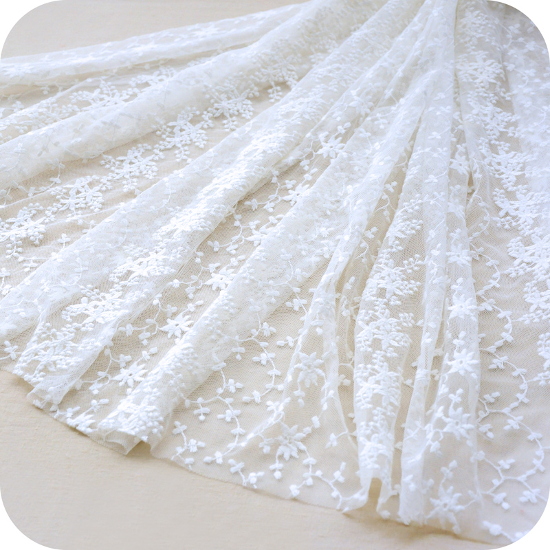 2018 NEW high quality windows decoration lace curtain women dress 3 Yards/lot Ivory lace fabric continuous embroidered lace-in Lace from Home & Garden    1