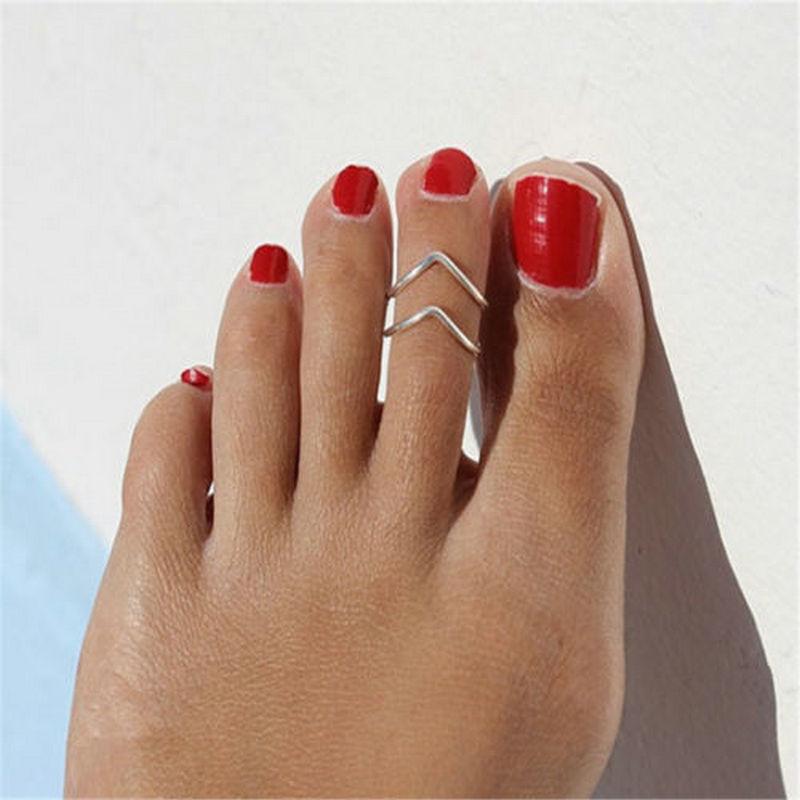Hot Women V Shape Silver Metal Toe Ring Foot Europe Style