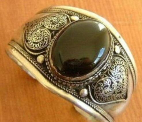 FREE SHIPPING 001592 Beautiful Tibet silver black fine stone cuff bracelet