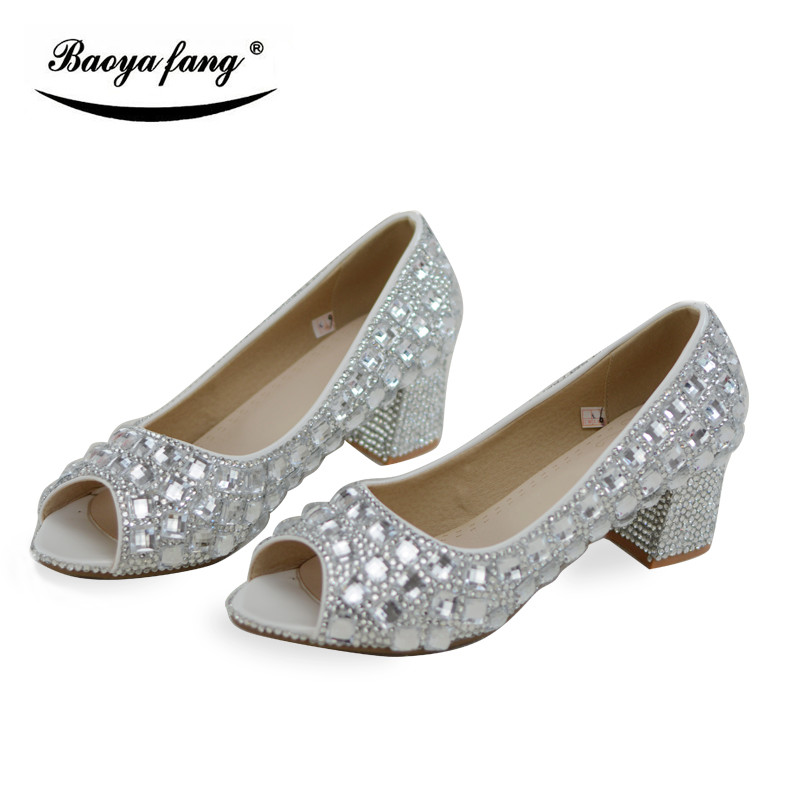 4cm Block heel Summer New arrival Peep Toe Wedding shoes Bride Party dress shoes silver crystal thick aquare heel Woman shoes4cm Block heel Summer New arrival Peep Toe Wedding shoes Bride Party dress shoes silver crystal thick aquare heel Woman shoes