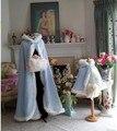 Azul Com Capuz 2016 haloween K Cabo Cloaks Faux Fur Casamento jaqueta Para O Inverno Criança Da Menina de Flor Ombros Hip Comprimento Outerwear casacos