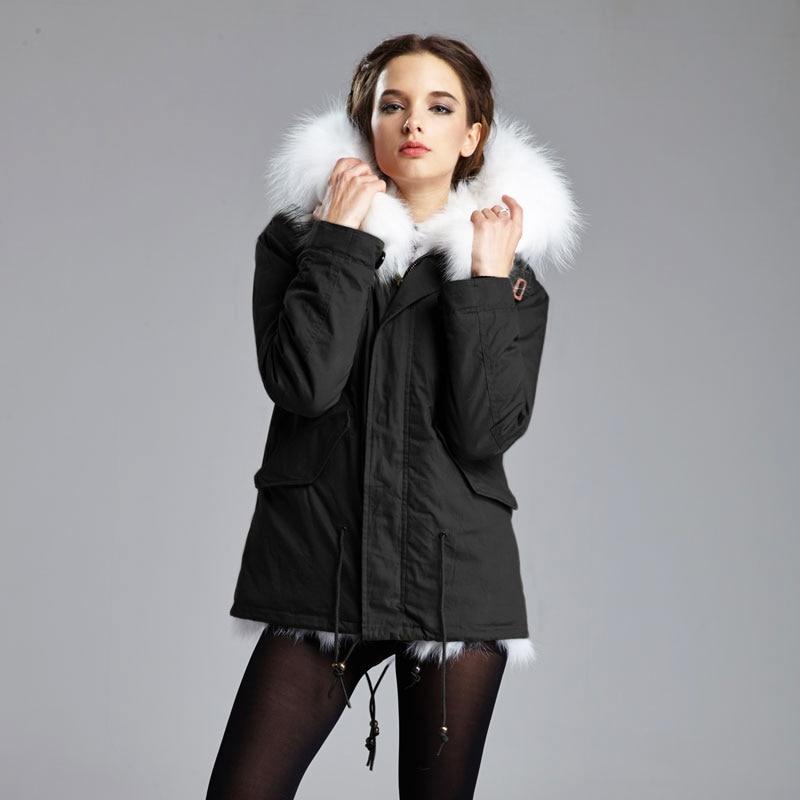 2017 Winter Warm Essential Women Furs Jacket Long hair Real Fox fur Jacket Short   Parka   Big Raccoon Hood Coat