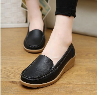 2017 Moccasins Loafers Soft Slip on Women Flats Female Shoes Loafers Mother Casual Shoes Fashion Woman PU Leather Shoes 2017 autumn fashion men pu shoes slip on black shoes casual loafers mens moccasins soft shoes male walking flats pu footwear