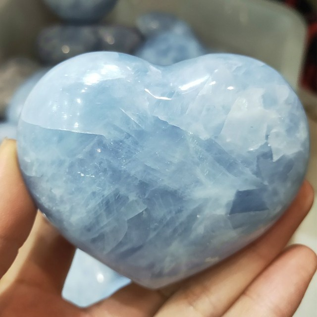 Natural crystal heart Hand made celestite quartz Gemstones Chakra Stone heart Balancing Collector Crystals Reiki healing 5