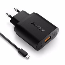 Aukey PA-U28 Qualcomm certificado 2.0 18 W Turbo Turbo USB cargador de pared con pies Micro USB Cable para Android smartphones, negro
