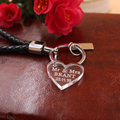 Free Shipping  Clear Personalized Laser Engraved Keychain Love Heart Wedding Favors Gift  Customized Size 3 Cm * 3 Cm