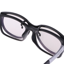 Clip On Type Circular Passive Polarized 3D Glasses For TV Real 3D Cinema 0 22mm
