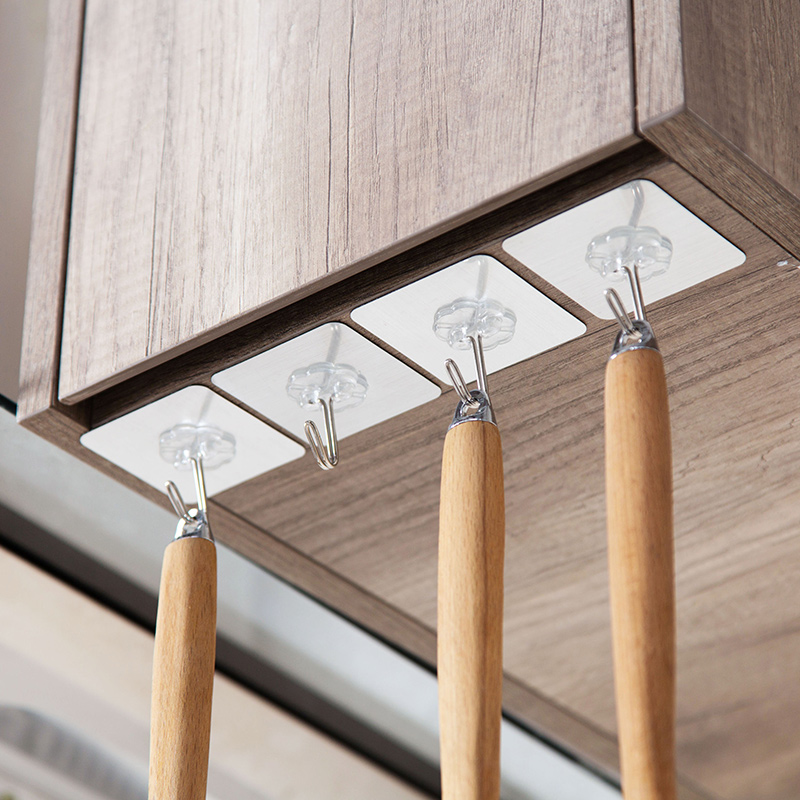 LIYIMENG 10PCS Bathroom and Kitchen Hooks Clover Reusable Self Adhesive Heavy Duty Waterproof Wall Hanger for Door Organizer