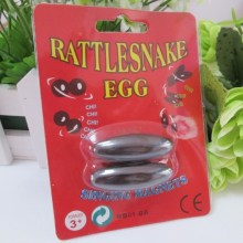 4 packs/lot 42mm Rugby vorm Magnetic Buzz Magneten Zingen Magneten Rattle Snake Eggs Ontspanning Toys(China)