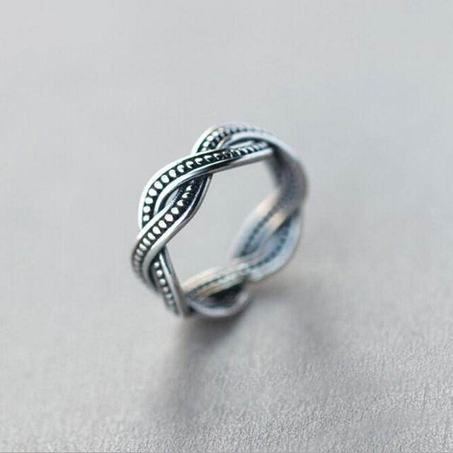 New Retro Exquisite Simple Personality 925 Sterling Silver Jewelry Twist Thai Si