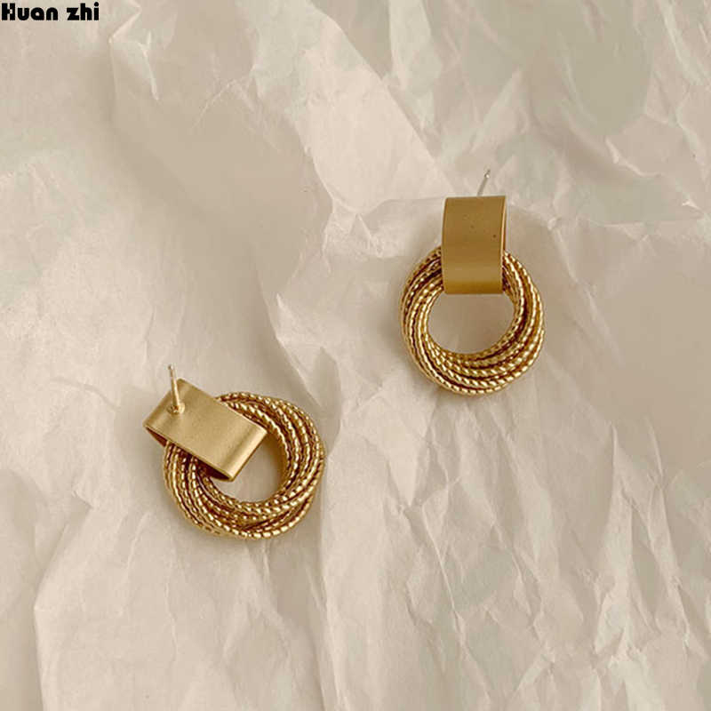 HUANZHI 2019 Simple New Gold Metal Multi-layer Circle Winding Geometric Round Small Stud Earrings for Women Girl Party Jewelry