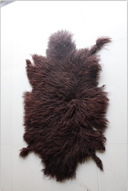 Curly hair mogolian sheep lamb fur skin of light brown color and dark brown color